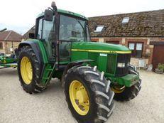 John Deere 6910 Tractor