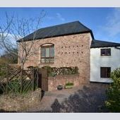 A superb detached barn conversion situated on the outskirts of......