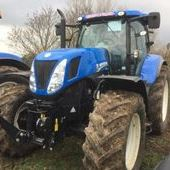 New Holland T7. 235 Side Winder... Witney