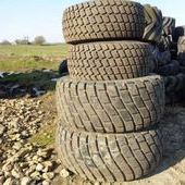 Used Kubota 23. 1/26 And 44x18. 00-20 Turf Tyres... York