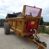 Richard Western D12 Spreader... Swindon