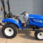New Holland Boomer 25... Witney