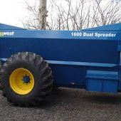 West 1600 Dual Spreader... Tewkesbury
