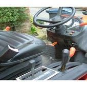 Kubota B3030 Compact Tractor Kubota B3030 Tractor with Mowing Dec...
