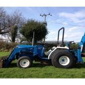 Ford 1520 Compact Tractor, Ford New Holland Digger / Loader Tract...