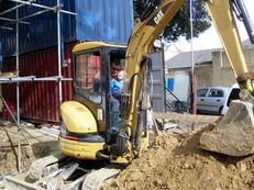 mini digger and opperater for hire.