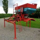 Used Demount Sulky Fert Spreader To Suit Bateman... York