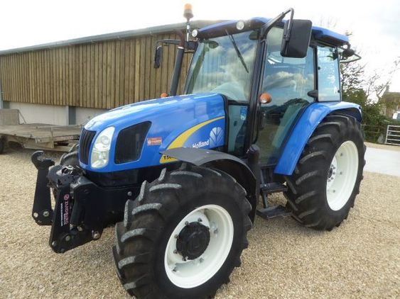 2009 New Holland T5050 Tractor