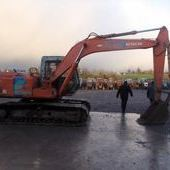 Track excavators: Hitachi Ex120-1... Omagh