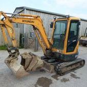 Hyundai 27 2-9 Mini Digger... Swindon
