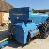 Harry West 1300 Dual Spreader... Swindon