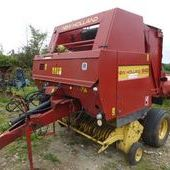 New Holland 640 Round Baler